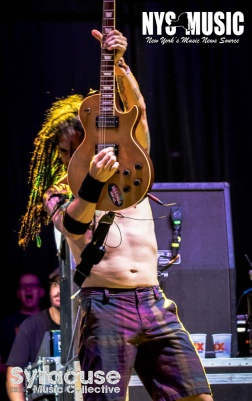 chris-besaw-riot-fest-day-1-NOFX 11
