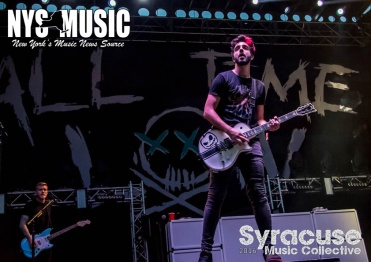 chris-besaw-riot-fest-day-1- All Time Low 3