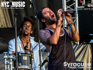 chris-besaw-riot-fest-day-1-glassjaw 5
