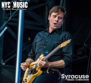 chris-besaw-riot-fest-day-1-jimmy eat world 2