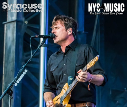chris-besaw-riot-fest-day-1-jimmy eat world 3