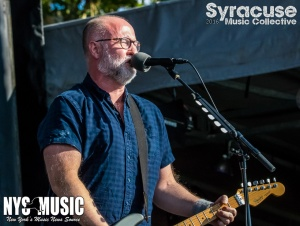 chris-besaw-riot-fest-day-2-bob-mould-1