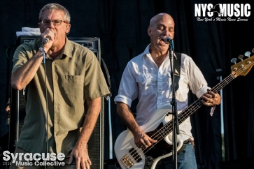 chris-besaw-riot-fest-day-2-descendents-3