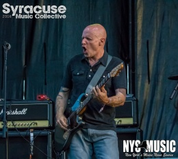 chris-besaw-riot-fest-day-2-descendents-9