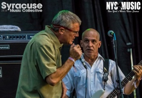 chris-besaw-riot-fest-day-2-descendents-12