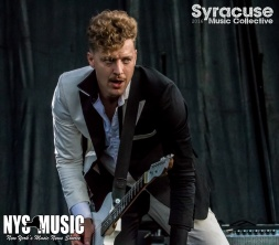chris-besaw-riot-fest-day-2-hives-7