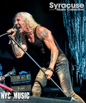 chris-besaw-riot-fest-day-3-dee-snider-9