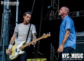 chris-besaw-riot-fest-day-3-swinging-utters-8