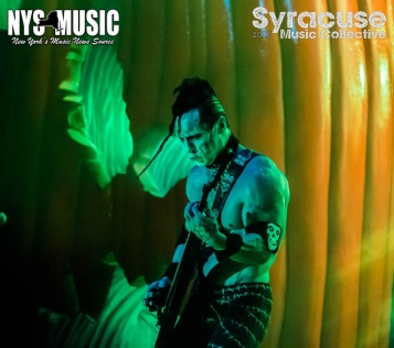 chris-besaw-riot-fest-day-3-misfits 9