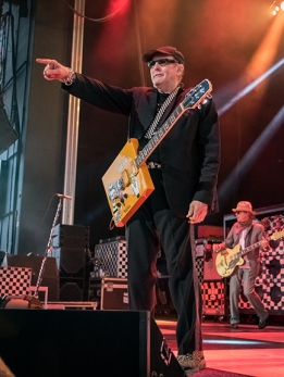 Chris Besaw Cheap Trick 2018-17